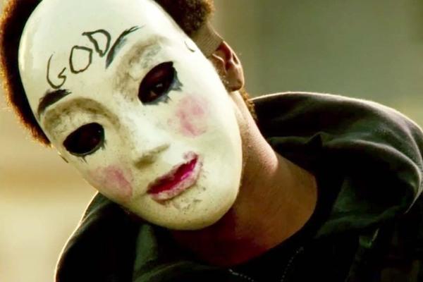 The-Purge-2-trailer-jesuswassize0-creepymask-thepurgemask-god-jesus-filmreviewthepurge2-anarchy-vforvendettamask-ethanhawke-